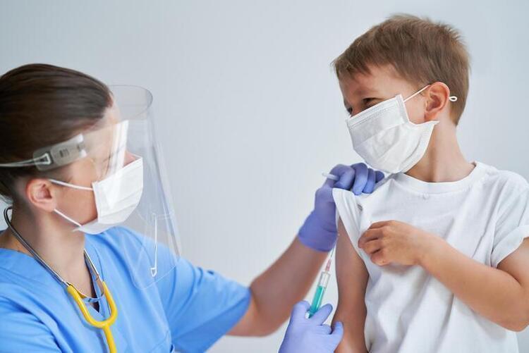 Alerjik Hastalığı Olan Çocuklara Biontech Aşısı Yapılır mı? Etkinliği ve Yan Etkileri Nelerdir?