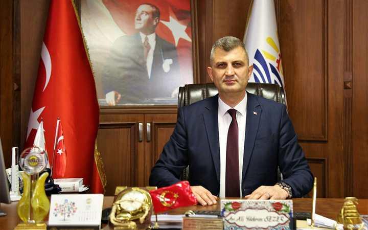 """""""ARTIK GELECEĞE UMUTLA BAKAN BİR GÖLCÜK VAR"""""""