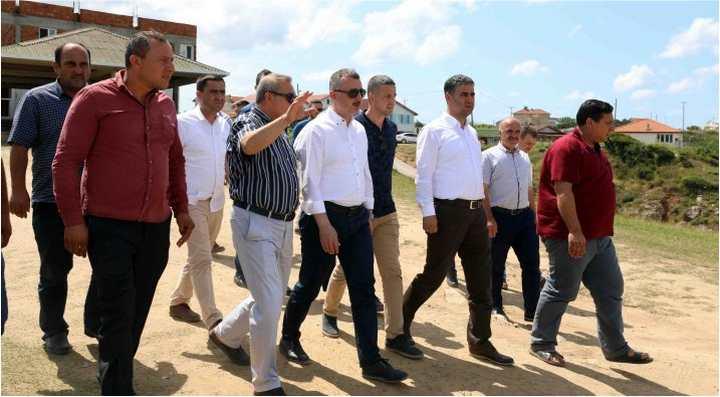 Başkan Büyükakın, Kandıra'ya çıkarma yaptı