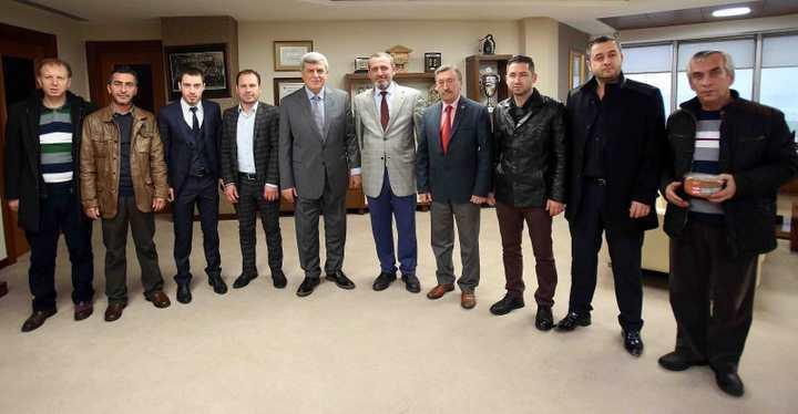 Başkan Karaosmanoğlu, ''Geleceğin büyük Türkiye'si gençlerle oluşacak''