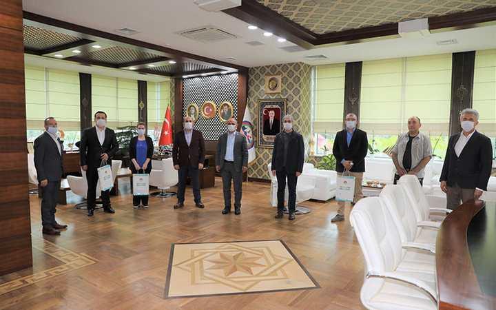 Başkan Söğüt, belediye personeli ile bayramlaştı