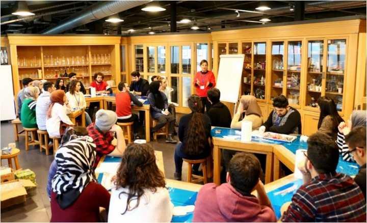 'Bilim Merkezi Eğitimi'