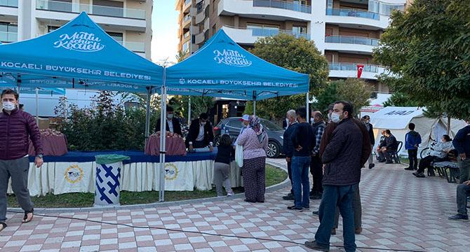 Büyükşehir'den depremdelere günlük 20 bin kişilik sıcak yemek