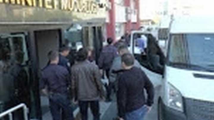 Bylock Kullandığı Tespit Edilen 5 Öğretmen Tutuklandı