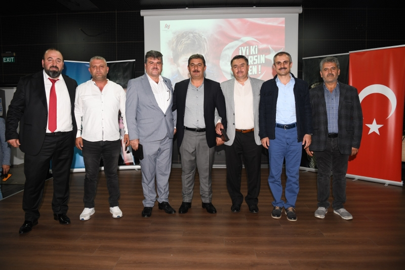 Çayırova Ak Parti Teşkilatı AHDE-VEFA Ile Gönülleri Kazandı