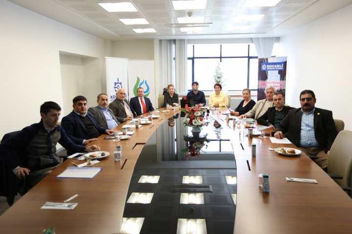 Çayırova'da Muhtarlara Çevre Eğitimi Verildi