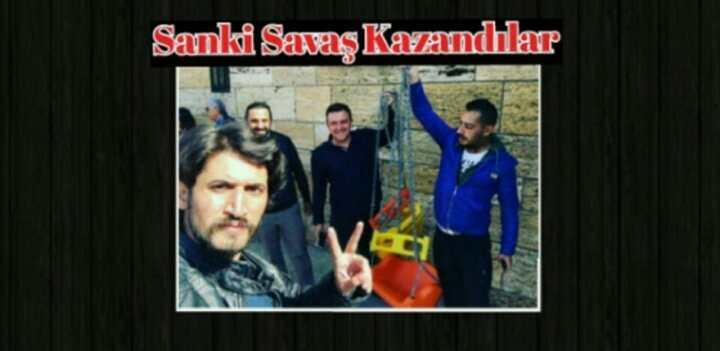 CHP'Lİ GENÇLER ANITKABİRE SALDIRDI