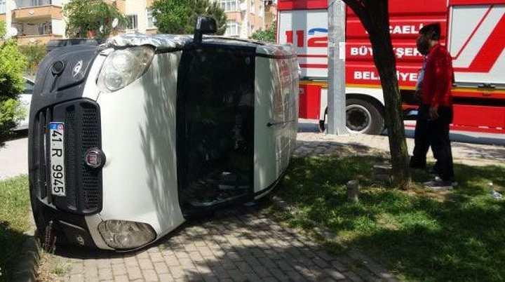 Devrilen aracın sürücüsü yaralandı!