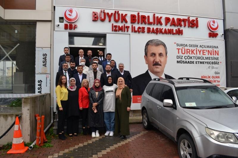 Doğu Türkistan'lı Uygur Türkleri Kardeşlerimizden BBP İl Binasını Ziyaret