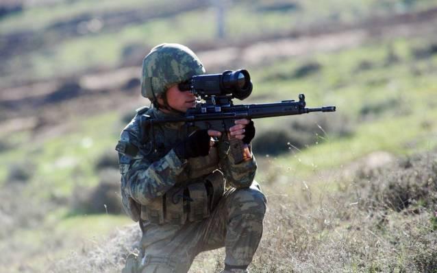 Fırat Kalkanı'nda 4 terörist öldürüldü