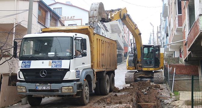 Gebze Ulus Mahallesi'ne yağmur suyu altyapı çalışması