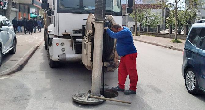 Gebze'de altyapı hatlarında temizlik yapılıyor