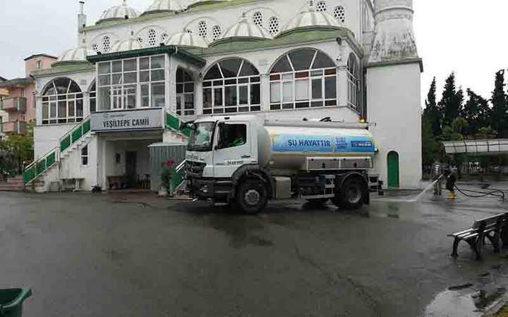 Gebze'de camiler Cuma Namazı için hazır