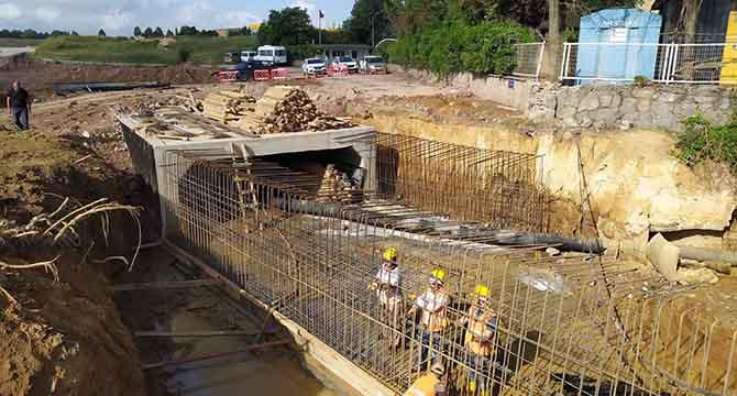 Gebze'nin dört bir yanında altyapı çalışmaları sürüyor