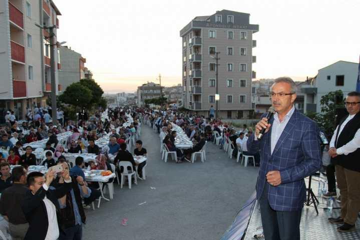 Gönül sofralarında  binler birlikte iftar yaptı