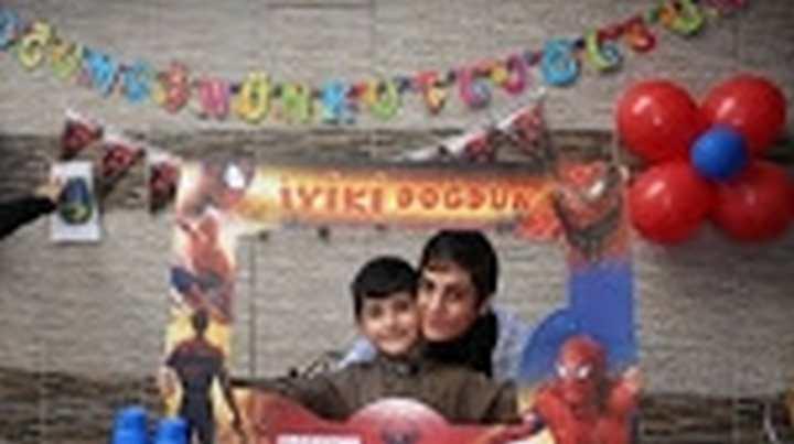 Hemofili Hastası 7 Yaşındaki Baran, İlk Kez Doğum Gününü Kutladı