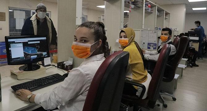 İzmit'te lösemi farkındalığı için bugün maskeler turuncu!