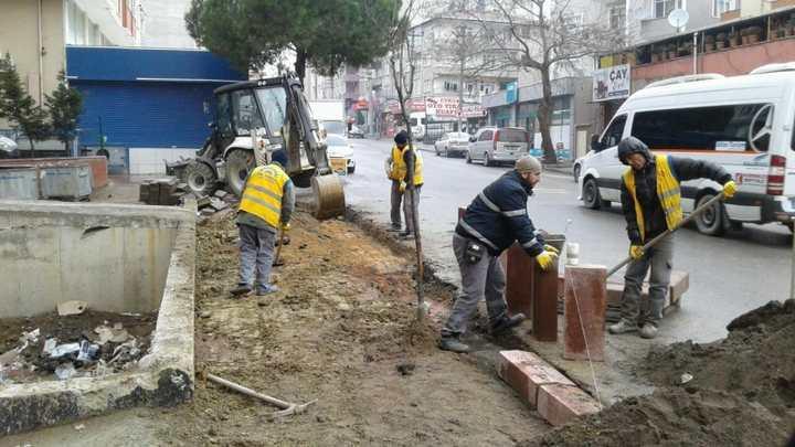 Kaldırım ve parke yol onarım çalışması