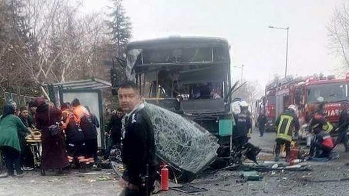 KAYSERİ'DE ASKERLERİ TAŞIYAN ARACA BOMBALI SALDIRI