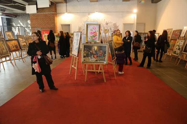 KO-MEK resim sergisi Gebze'ye renk kattı
