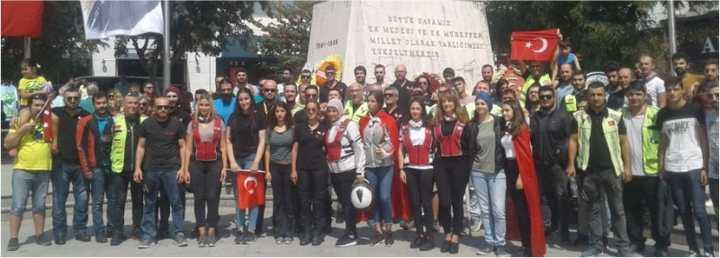 Motorsiklet Kulübü'nün Zafer Kutlaması