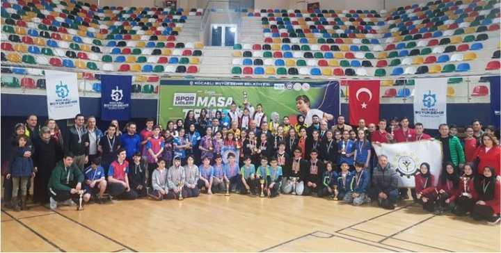 Okullar arası masa tenisi şampiyonası  sona erdi