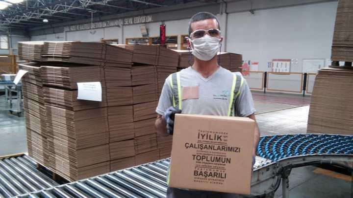 Olmuksan IP'den Gebze'deki aşevlerine 22 bin 500 kutu bağışı