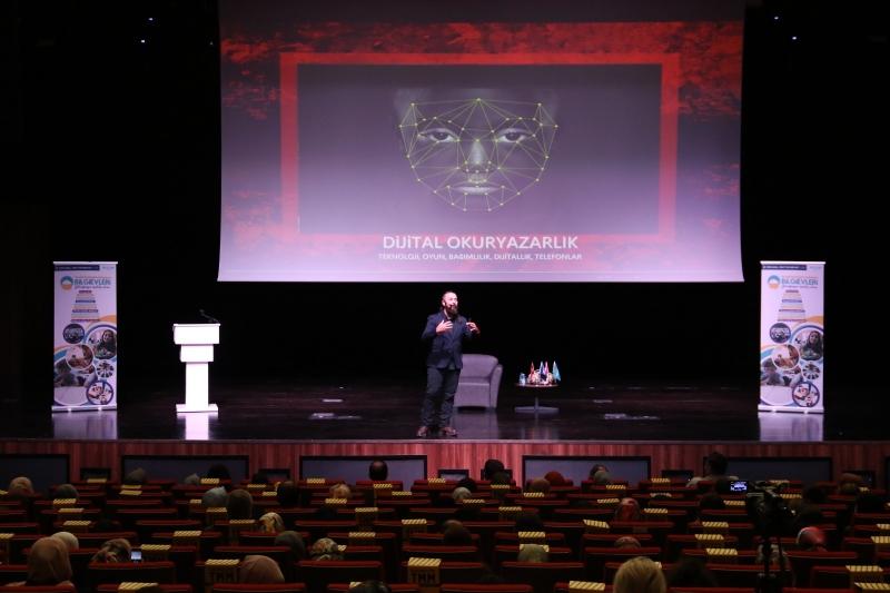 Prof. Batı, dijital dönüşümü anlattı