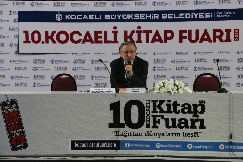 """Prof. Dr. Sultan Tarlacı Kitap Fuarı'nda  """"Aşk""""ı anlattı"""