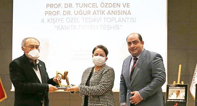 Prof. Dr. Tuncel Özden ve Prof. Dr. Uğur Atik anıldı