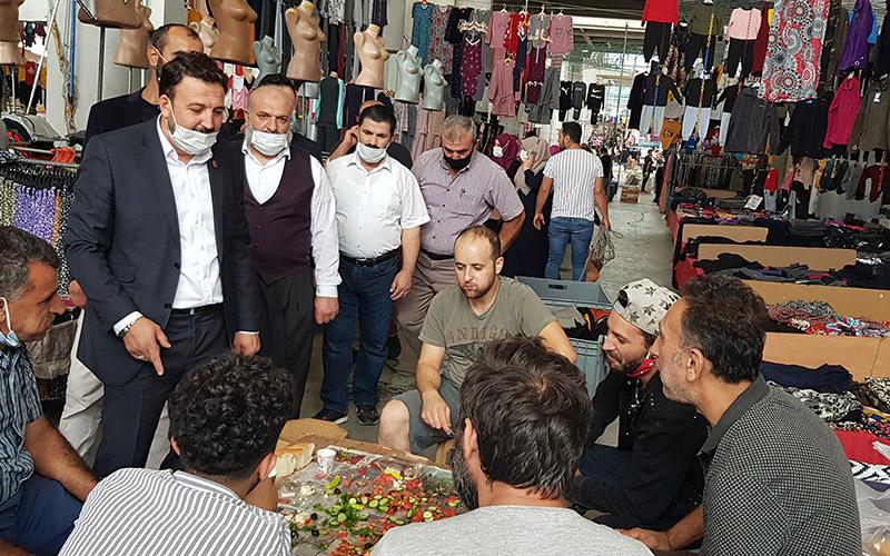 Saadetliler pazar esnafını ziyaret ettiler