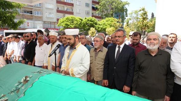 Şehit Filistinliler için gıyabi cenaze namazı kılındı