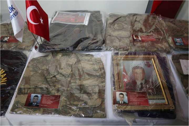 """""""ŞEHİT VE DEVLET BÜYÜKLERİ EMANETLERİ SERGİSİ"""""""
