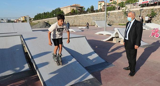 Skate Park'ta ilk test Gebzeli gençlerden
