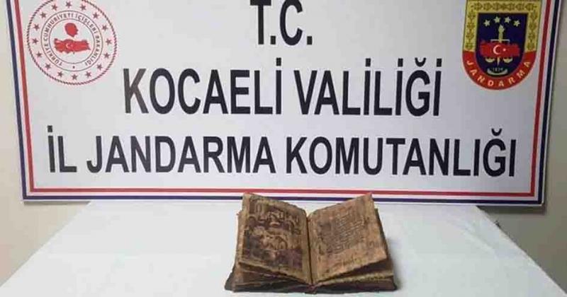 TORPİDODAN TARİHİ İNCİL ÇIKTI