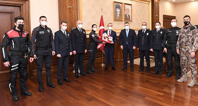 Türk Polis Teşkilatı Hizmetlerine Devam Ediyor
