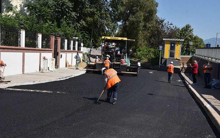 Yenilenen yollarıyla, Kozluk'un çehresi değişiyor