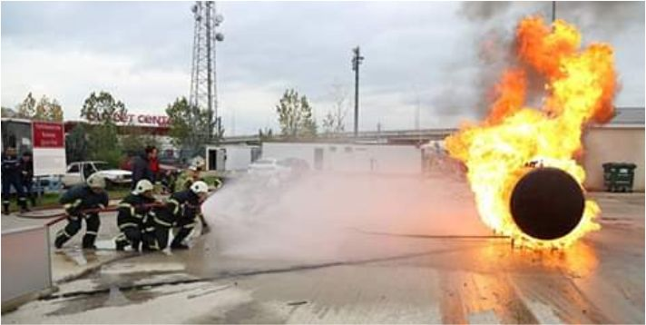 17 bin kişi yangınla mücadele tekniklerini öğrendi