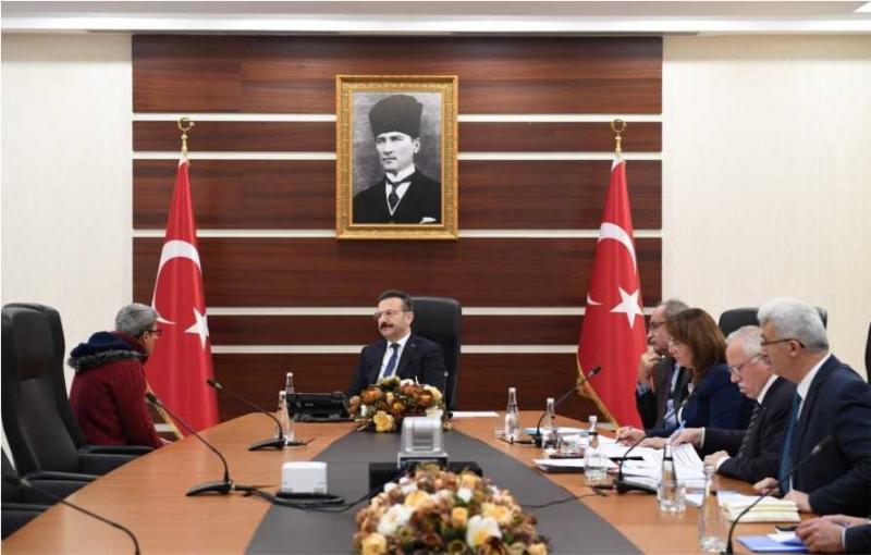 Aksoy, Halk Gününde Vatandaşlarla Bir Araya Gelmeye Devam Ediyor