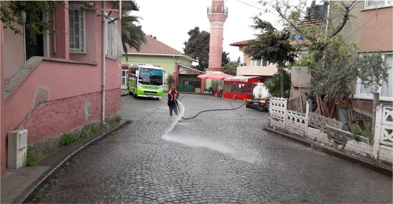 Dilovası'nda Cadde ve Sokaklar hergün yıkanıyor