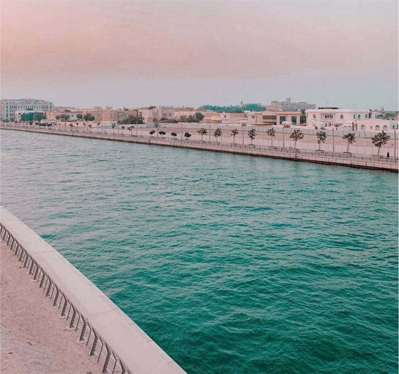 Duba'nin çılgın kanal projesi 735 milyon dolara maloldu