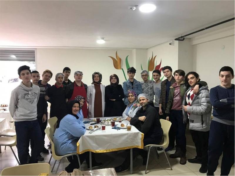 HİSAR'DA HAMARAT ELLER İŞ BAŞINDA