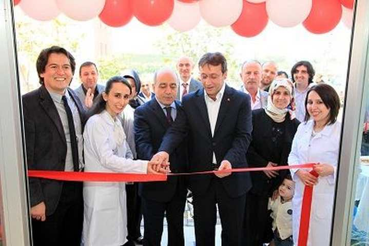 Ferah Eczanesi Açıldı