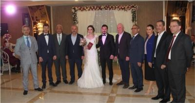 Başkan Büyükgöz  ilk nikahını kıydı