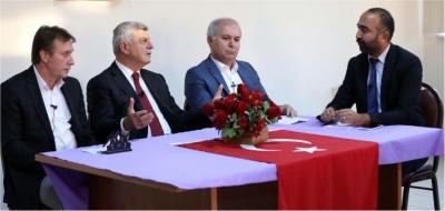 Başkan Karaosmanoğlu Çayırova'daki canlarla  Muharrem orucunu açtı