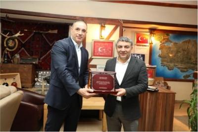 Başkan Şayir'e sosyal denge teşekkürü