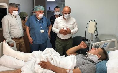 Başkan Söğüt yaralı askerleri ziyaret etti