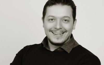Dr. Efe Kaya: Geleceğin Teknolojisi Zirkonyum !