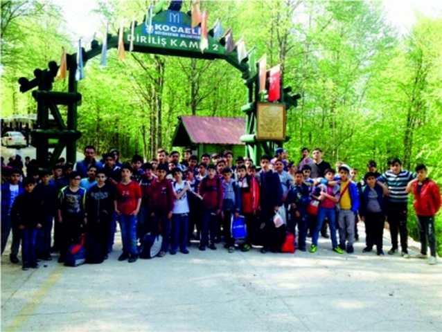 Çayırova Belediyesi Bilgievi Öğrencileri Diriliş Kampında Eğlenerek Öğrendiler