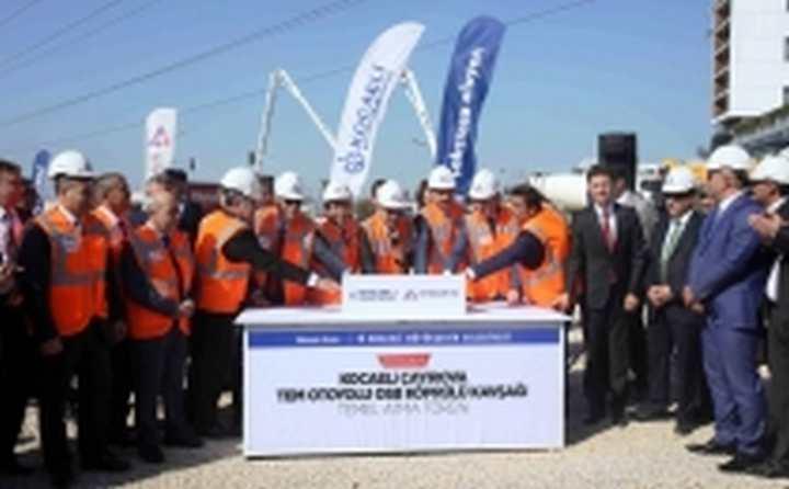 Çayırova TEM Otoyolu OSB Köprülü Kavşakları hizmete giriyor